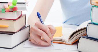 Các phương pháp giúp  học tiếng Đức cải thiện kỹ năng viết
