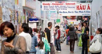 Bên trong chợ Đồng Xuân – Khu chợ nổi tiếng của người Việt ở Đức