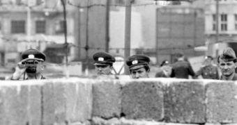 Bức tường Berlin được xây dựng thế nào?